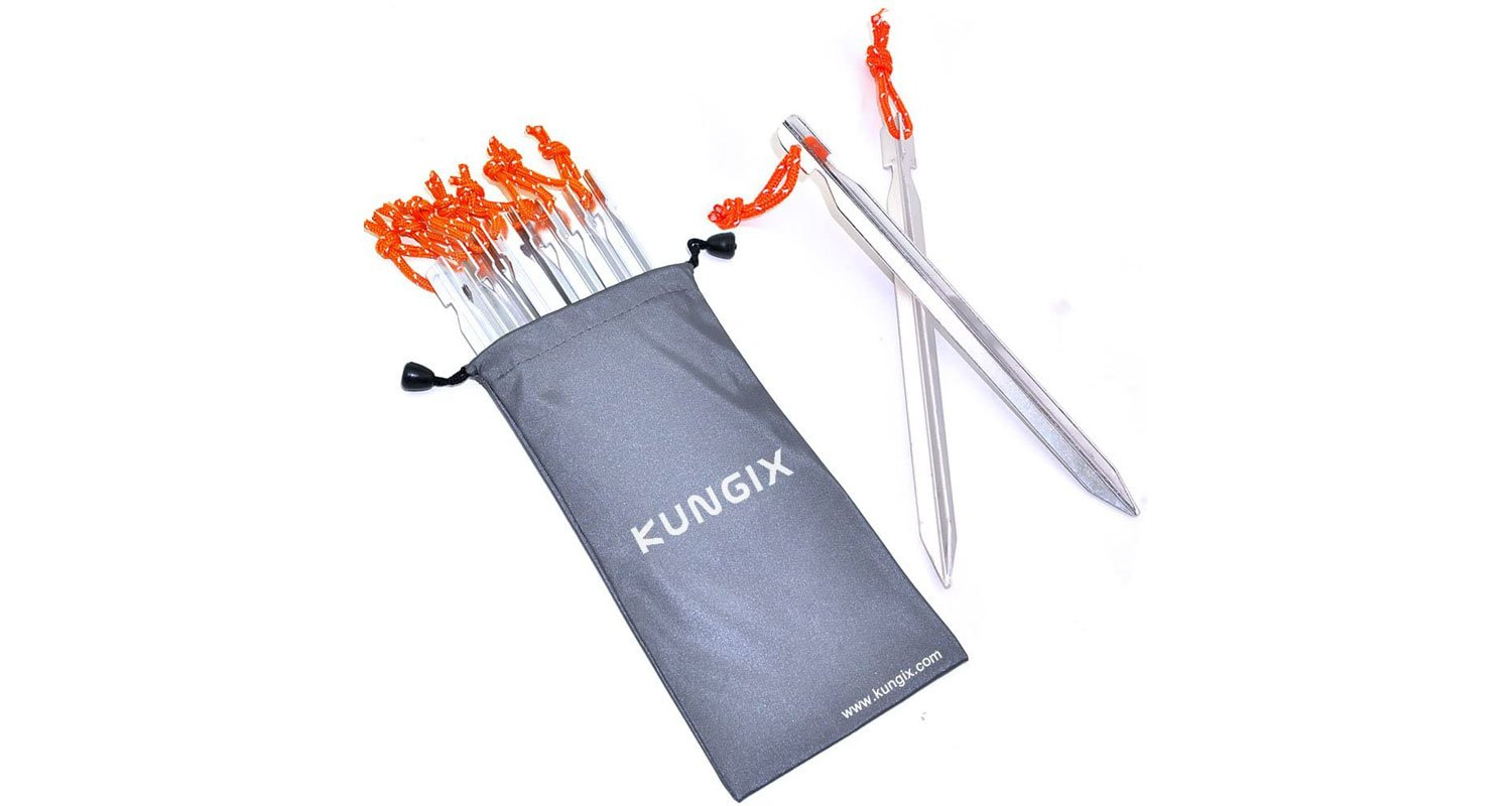 Kungix aluminum reflective orange strap stakes in gray bag.